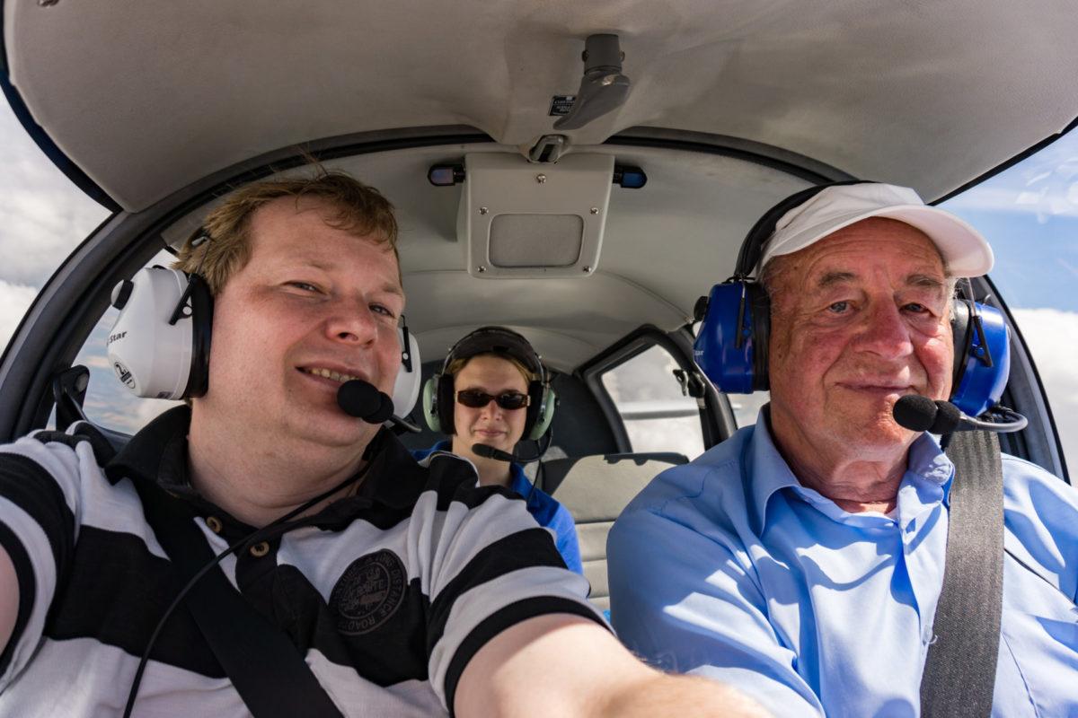 2014_07_06_Motorflug_mit_meinem_Fluglehrer_DSC00382